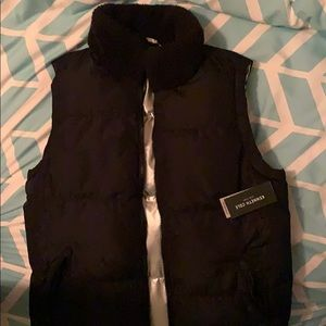 Kenneth Cole reversible puffer vest